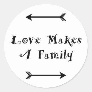 Liebe macht eine Familie - die Parenting Pflege Runder Aufkleber