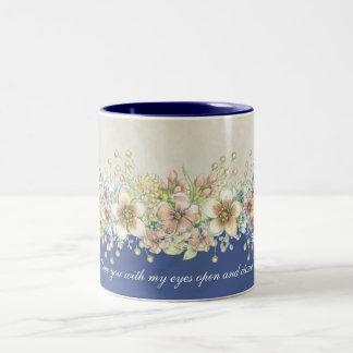 Liebe - mit Blumen - Kaffee-Tasse Zweifarbige Tasse