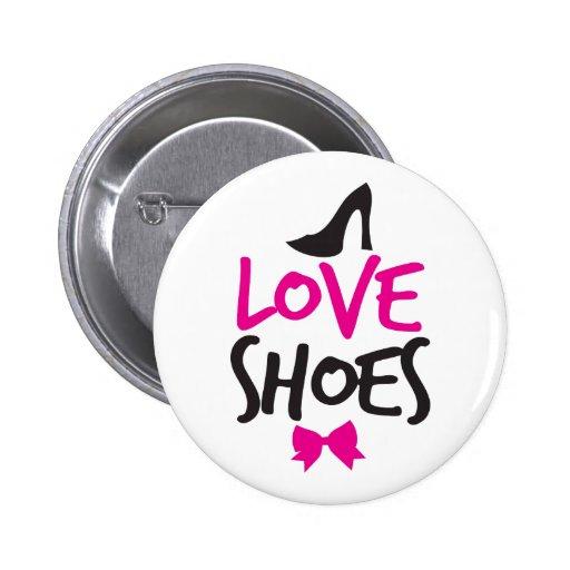 Liebe-Schuhe mit niedlichem kleinem Bogen Button