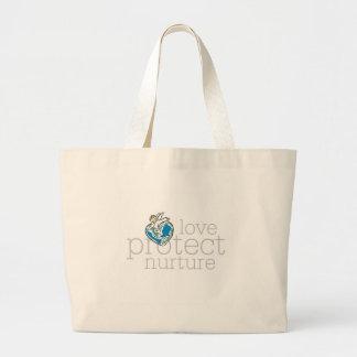 Liebe schützen sich ernähren T-Shirts und Geschenk Einkaufstaschen