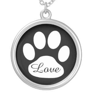 Liebe-Schwarzweiss-Tatzen-Druck-Hund oder Versilberte Kette