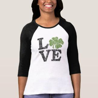 LIEBE Tag St. Patricks mit Kleeblatt T-Shirt