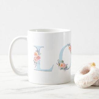 Liebe-Tassen-Pastellblumenalphabet-Typografie Kaffeetasse