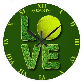 Liebe-Tennis-Gelb-Ball-grünes Gras-Buchstaben Große Wanduhr