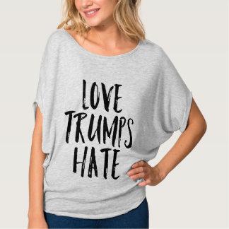Liebe-Trumpf-Hass T-Shirt