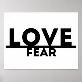 Liebe über Furcht Poster