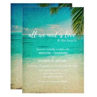 Liebe und die Strand-Hochzeits-Einladung Karte