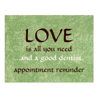 Liebe und ein guter Zahnarzt Postkarte