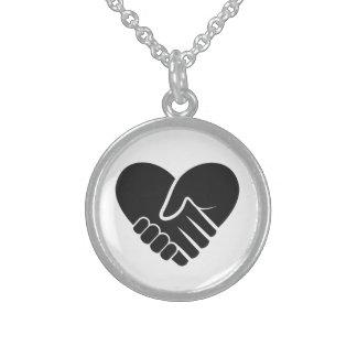 Liebe verbundenes schwarzes Herz Sterling Silberkette