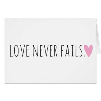Liebe versagt nie mit Herzen Karte