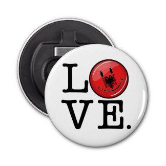 Liebe von lächelnder Flagge Albaniens Runder Flaschenöffner