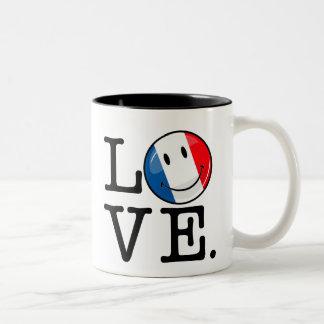 Liebe von lächelnder Flagge Frankreichs Zweifarbige Tasse