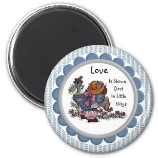Liebe wird gut im kleinen Weisen-Magneten gezeigt Runder Magnet 5,1 Cm