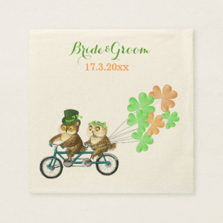 Liebeeulen fahren irischen Heiligen Patrick Papierservietten