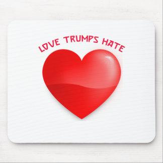 Liebetrümpfe hassen, rotes gehörtes mousepad
