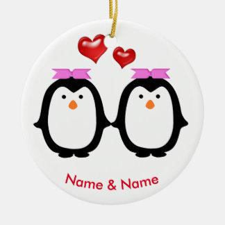 Liebevolle Pinguin-Paare zwei Frauen Keramik Ornament