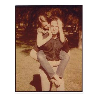 Liebhaber im Park Postkarte