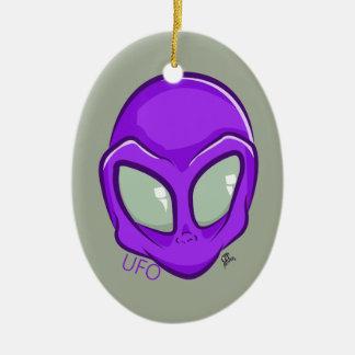 Lila alien-Marshauptniedliches UFO Keramik Ornament