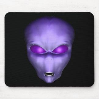 Lila alien mousepads