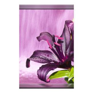 Lila Blumen-Bild Briefpapier