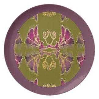 Lila Blumen-Muster Teller