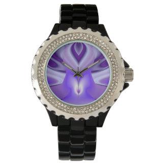 Lila Blumen-Träume Uhr