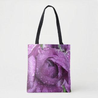 Lila Blüte, machte mit Regentropfen, addiert Namen Tasche