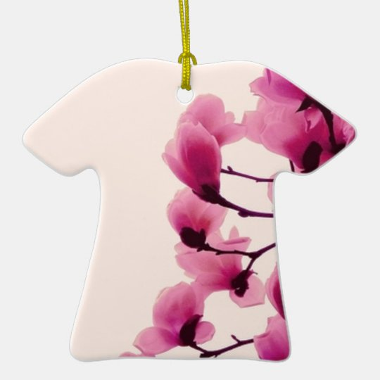 Lila Blüten Keramik T-Shirt-Ornament