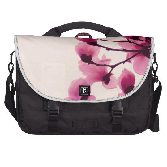 Lila Blüten Laptoptasche