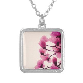 Lila Blüten Versilberte Kette