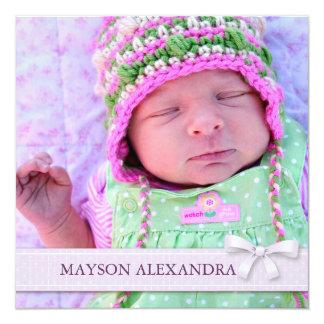 Lila Bogen-Baby-Mädchen-Foto-Geburts-Mitteilung Quadratische 13,3 Cm Einladungskarte