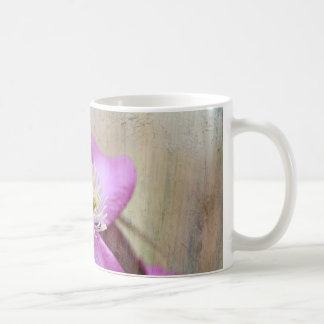lila Clematis-Blumen Kaffeetasse