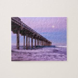 Lila Dämmerung über Pier, Kalifornien Puzzle