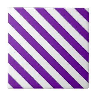 Lila diagonale Streifen Fliese