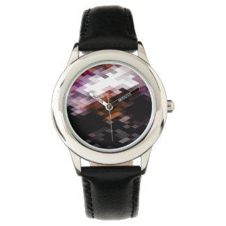 Lila Diamant-moderner Entwurf Uhr