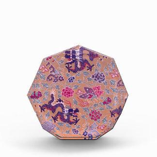 Lila Drachen rosa und lila Blumen-Muster Acryl Auszeichnung