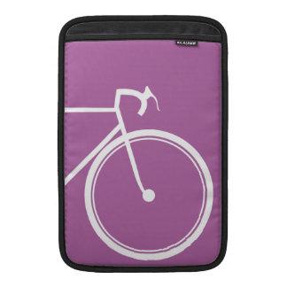 Lila Fahrrad MacBook Sleeve