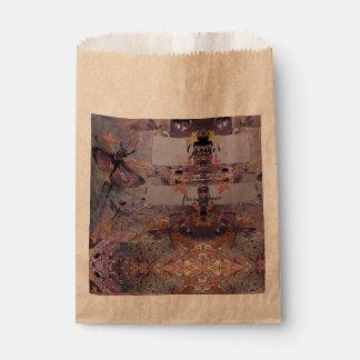 Lila Fantasie-Fliegen-Herbst Geschenktütchen