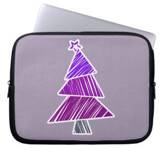 Lila flüchtige Weihnachtsbaum-Hülse Laptopschutzhülle