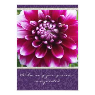 Lila Fuschia Dahlie-Hochzeits-Einladung Karte