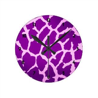Lila Giraffen-Druck Runde Wanduhr