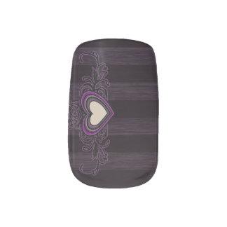 Lila Grungy Streifen-Dunkelheits-Herz Minx Nagelkunst