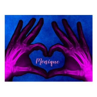 Lila Handröntgenstrahl-Herz Postkarte