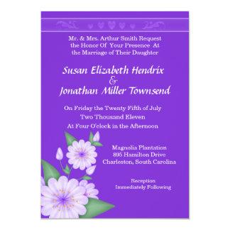 Lila Herz und Blumen, die Einladungen Wedding sind