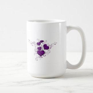 Lila Herzen und Bänder Kaffeetasse