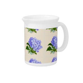 Lila Hydrangea-Blumen-Vintages Muster Krug