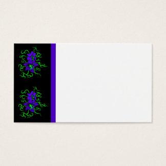 lila Lilien-Blume auf Schwarzem Visitenkarte