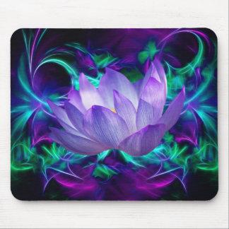Lila Lotos-Blume und seine Bedeutung Mousepads