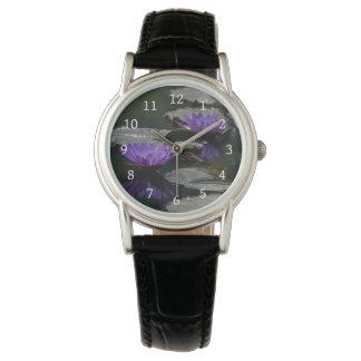 Lila Lotos-Wasserlilie-Uhr Armbanduhr