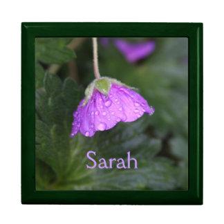 Lila mit Blumenpersonalisiertes Große Quadratische Schatulle